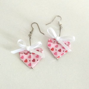 Boucles coeurs noeuds blancs