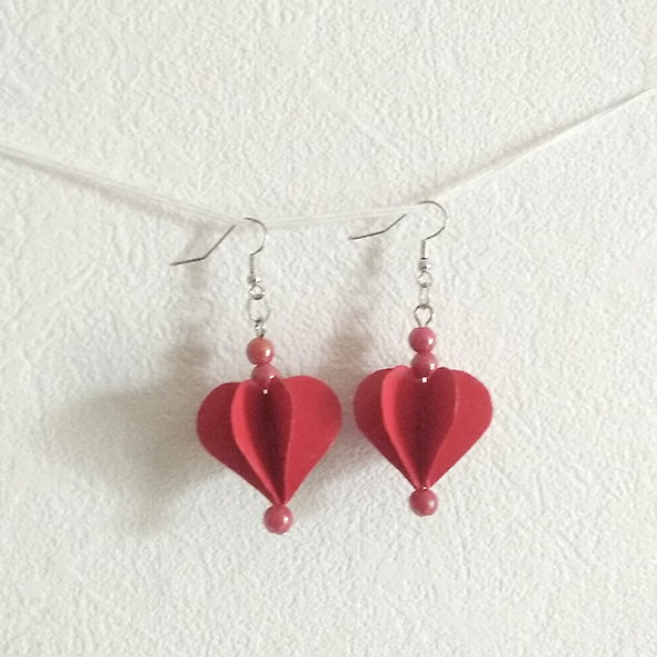 Boucles rondes coeurs origami