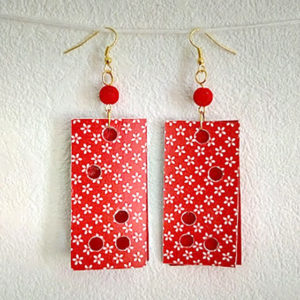 Boucles rectangles rouge